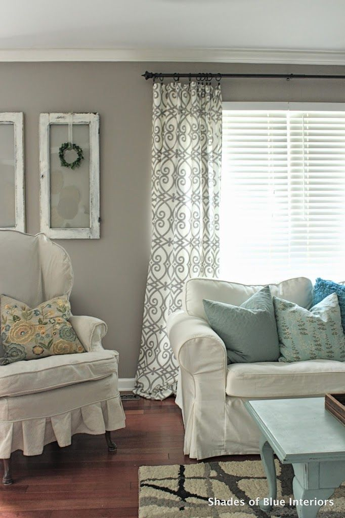 Mid Green and White Blinds